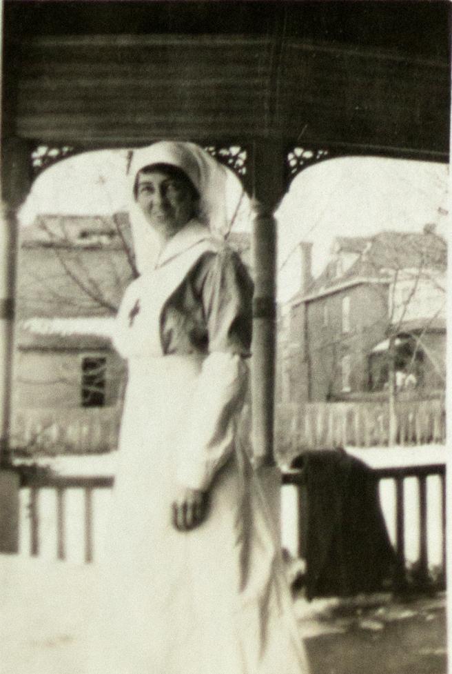 Marion in uniform, Englad